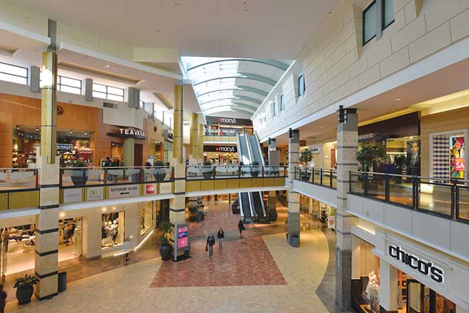 Before you plan your next outing, take a look at this easy guide to the top shopping malls in the St. Louis region. St. Louis County Chesterfield Mall - The Chesterfield Mall has more than stores including Macy's, Dillard's and Sears, plus restaurants like Cheesecake Factory and Chili's.